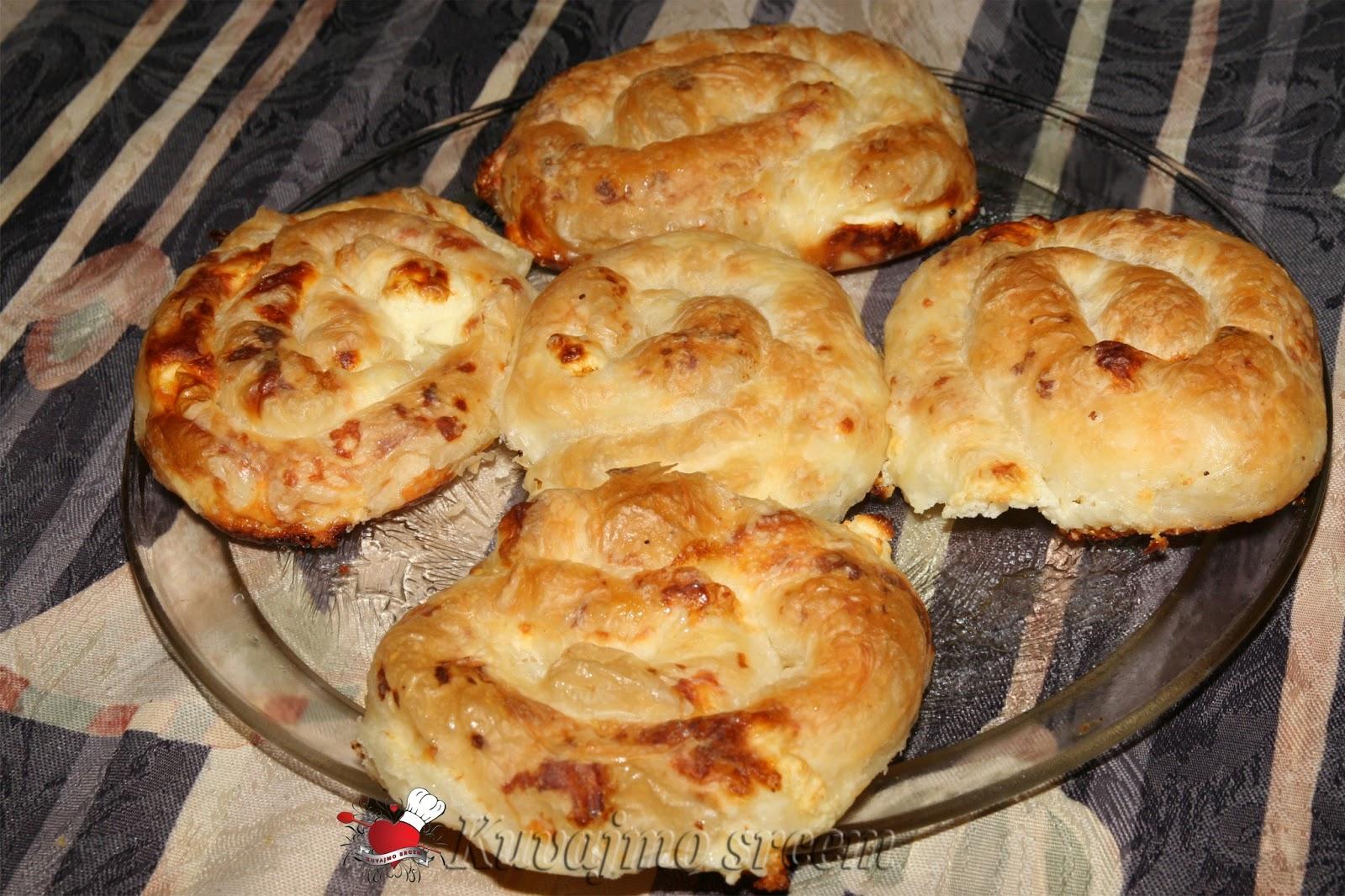 Razvučena pita – banica po receptu naših baka