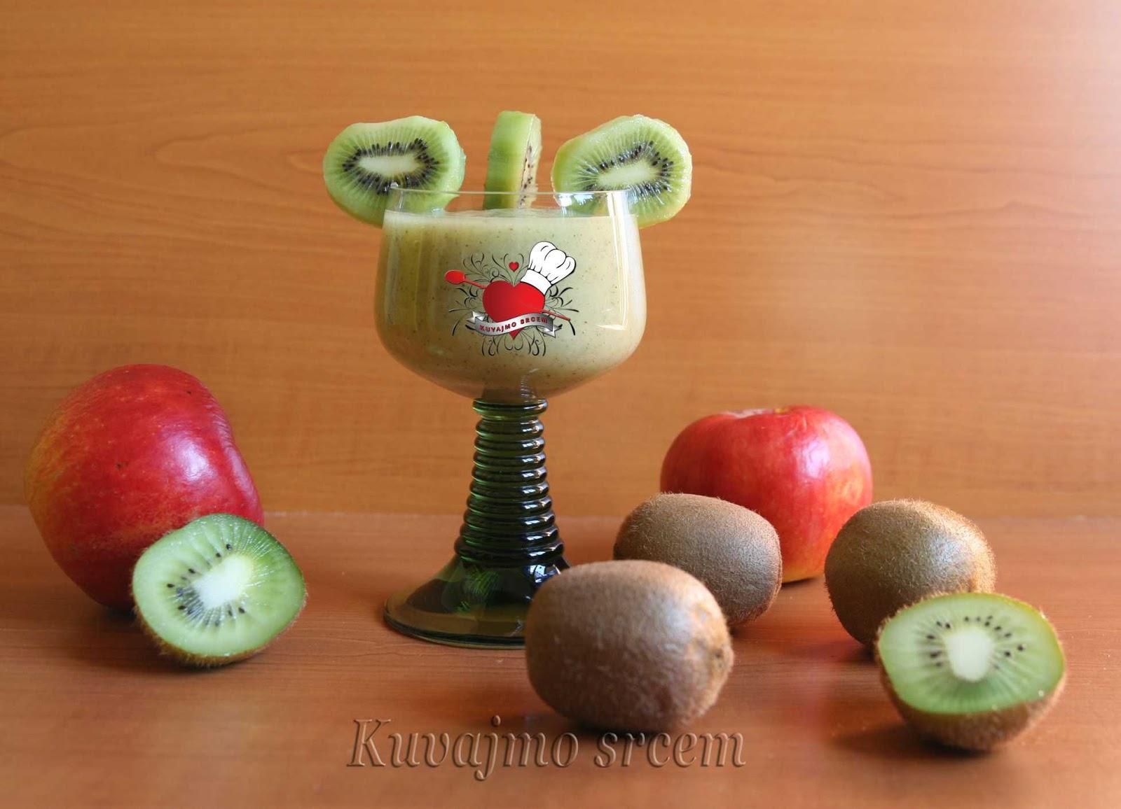 Zeleni smoothie sa kivijem
