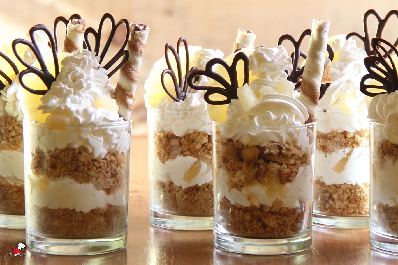 Ananas desert u čaši